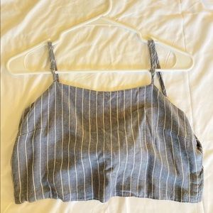 Brandy Melville knotted crop top